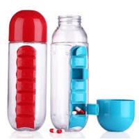 Бутылка спортивная с органайзером для таблеток
