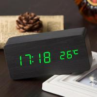 Настольные электронные цифровые часы (деревянные с подсветкой)